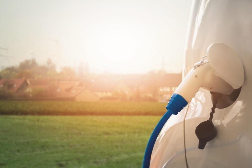 Ricarica della batteria dell'auto elettrica Zurich E-Mobility Protect