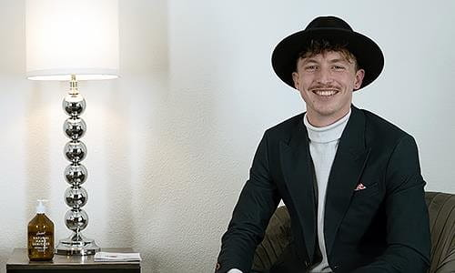 Joel von Headstart ist der Host der Startup-Interviews.