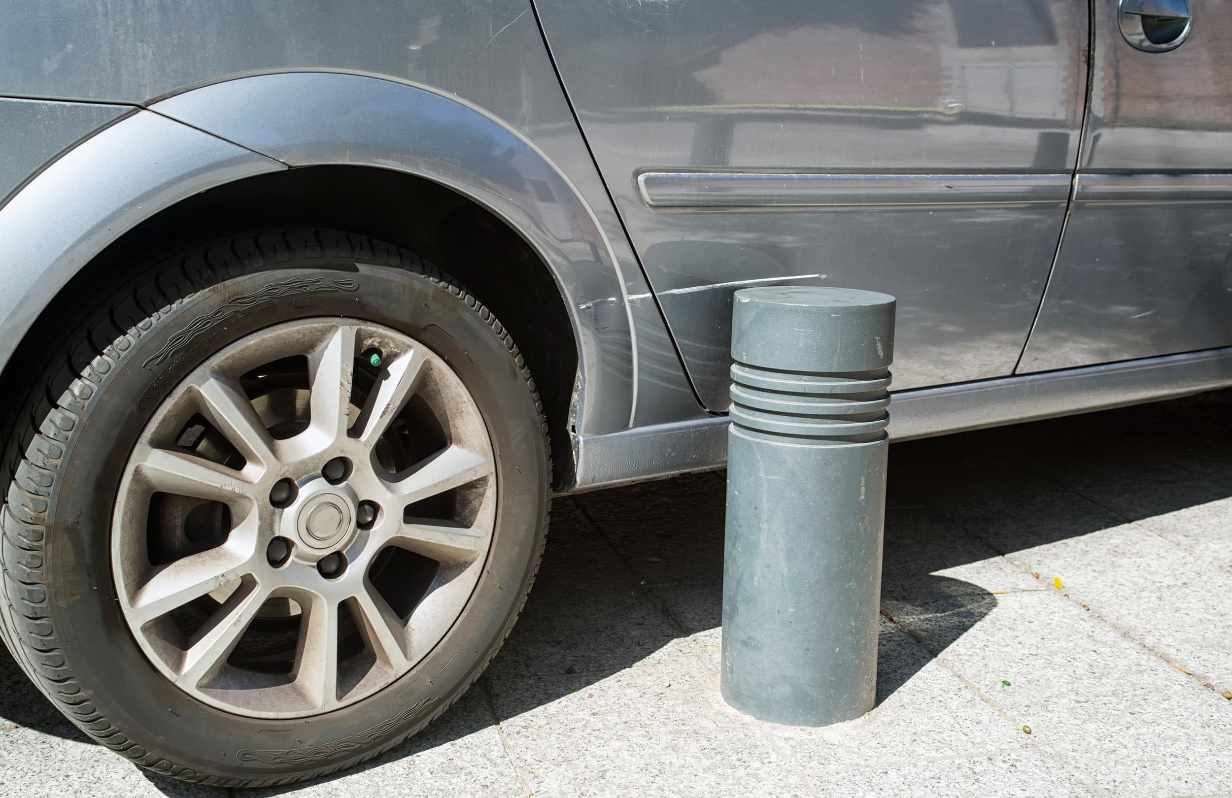 Parkieren Kollision mit Objekt